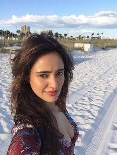 - Neha sharma Photographs  IMAGES, GIF, ANIMATED GIF, WALLPAPER, STICKER FOR WHATSAPP & FACEBOOK
