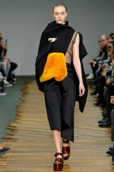 Céline Fall 2014 Ready-to-Wear Collection Slideshow on Style.com