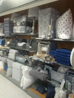 Display cove, TJ Maxx, Topeka
