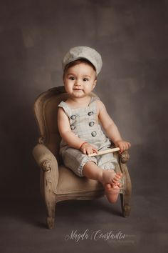 Pret sedinte foto de nounascuti, maternitate - by Magda Constantin Girls Dresses, Flower Girl Dresses, Studio, Wedding Dresses, Art, Fashion, Home Photo Shoots, Bebe, Dresses Of Girls
