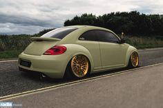 radi8 r8a10 - Volkswagen Beetle  Radi8 Wheels Europe:  www.radi8wheels.com info@radi8wheels.com  Radi8 Wheels USA: www.radi8wheelsusa.com info@radi8wheelsusa.com  #volskwagen #beetle #radi8wheels
