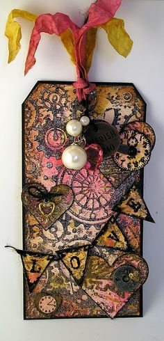 This is a cool tag found on Suzanne's Stamping Spot; her site it wonderful..
