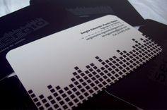 En esta edición de La Brújula, sus integrantes dan a  conocer parte de la propuesta que desarrollan, complementándose de manera  interdisciplinaria en áreas como ilustración, diseño web, diseño de medios editoriales, identidad de marca y piezas publicitarias. Una propuesta innovadora,  caracterizada por el dinamismo y el hacer creativo. Imagen y proyecto Nativo Activo - 2