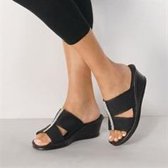 Avon's Memory Foam Versatile Comfort Wedge is a cute black strappy wedge that can be dressed up or down. Rhinestone embellished wedge is always comfortable. Avon Fashion, New Fashion, Fashion Shoes, Fashion Online, Chic Outfits, Trendy Outfits, Spring Outfits, Black Strappy Wedges, Avon Skin So Soft