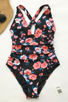 3394f8cde064d2 Cupshe Flashing Spray Print One-piece Swimsuit Badeanzug, Bademode, Sommer,  Bekleidung,