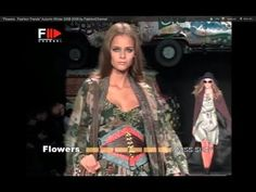 "A DIVE INTO THE PAST:  ""Flowers Fashion Trends"" Spring/Summer 2006."