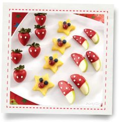 Mickey Mouse Candy-Dipped Apple Wedges How-To - Party City