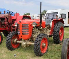 Classic Tractor, Antique Tractors, Rubber Tires, Cars And Motorcycles, Diesel, Farming, Vehicles, Vintage, World