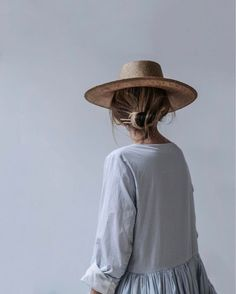 minimal hat and top