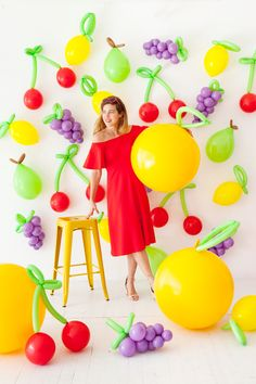 If you remain unconvinced of the supreme awesomeness that is balloons, perhaps this will change your mind. These giant fruit props are made entirely out of balloons and are so easy to create! They mak