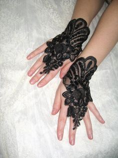 black lace gloves
