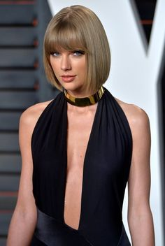 Taylor Swift and Lorde Looked Too Perfect to Be Real After the Oscars - Taylor Swift at Vanity Fair Oscars Party 2016 - Taylor Swift Hot, Estilo Taylor Swift, Taylor Swift Style, Taylor Swift Makeup, Red Taylor, Lorde, Cara Delevingne, Selena Gomez, Gq