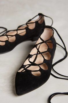 innovative design 0d8a6 84899 Let s Lace It Up - anthropologie Irish Dance, Stil Och Mode, Hörnskåp  Garderob,