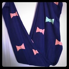 1991cba10e1192 Shop Women's LuLaRoe Blue size One size Leggings at a discounted price at  Poshmark. Description: New, never worn, never washed.