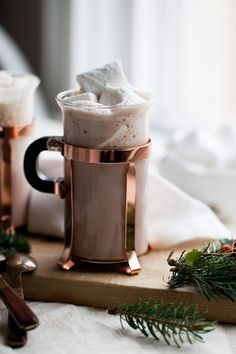 west elm - Chartreuse Spiked Hot Chocolate Recipe with chartreuse spiked marshmallows Spiked Hot Chocolate, Hot Chocolate Bars, Hot Chocolate Recipes, Chocolate Coffee, Food For A Crowd, Yummy Drinks, Winter, Sweet Treats, Food And Drink