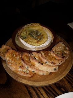 The Rake Inn, Littleborough - Tasty Cuppone-oven baked camembert!