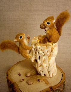 宙の小箱:So-netブログ Squirrels needle-felted