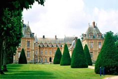 Built in the late 16th century, the chateau at Saint Quentin En Yvelines, France - 50 bedrooms, 50 baths, 24,820 sq ft - can be yours for $ 20.1 million...
