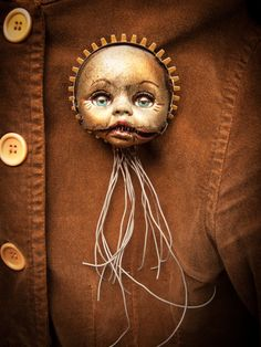 Altered Art Doll Head Brooch. Doll Jewelry. Creepy, Weird and Strange. Etsy seller ProfessorMaelstromme