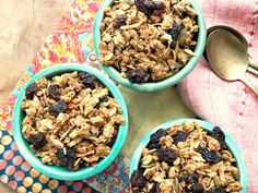 Granola au beurre d'arachide - Melasse grandma Yogurt Recipes, Snack Recipes, Cooking Recipes, Snacks, Breakfast Recipes, Healthy Recipes, Peanut Butter Granola, Peanut Butter Recipes, Raw Pumpkin Seeds