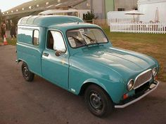 Google Image Result for http://www.oldclassiccar.co.uk/classic_cars_archive/60_renault4van.jpg