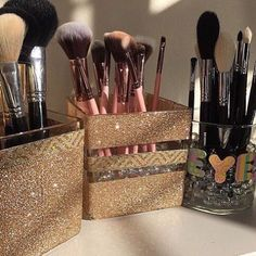An awesome idea for awesome makeup