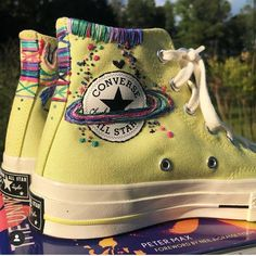 Aj morgan on the universe of peter max one of my favorite books inspired the vibe on these converse converse_br converse_style petermaxart fendi fall 2020 ready to wear fashion show Converse Outfits, Mode Converse, Converse Sneaker, Sneaker Outfits, Converse Style, Sneakers Mode, Converse Shoes, Diy Converse, Custom Converse