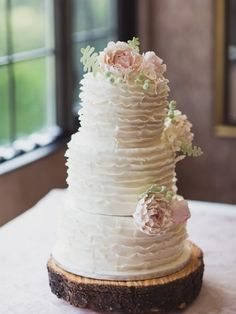 Held at the gorgeous Manor by Peter and Pauls, Megan and Carlo's special day is overflowing with stunning shots. Summer Wedding, Wedding Day, Elegant Wedding, Creative Wedding Cakes, Custom Cakes, How To Make Cake, Special Day, Cake Toppers, Fresh