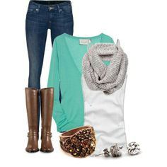 Lovely outfit for women, see more here : www.lolomoda.com