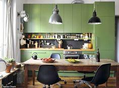 Résultats Google Recherche d'images correspondant à http://cdn-maison-deco.ladmedia.fr/var/deco/storage/images/maisondeco/cuisine/deco-cuisine/50-cuisines-colorees/meuble-cuisine-vert/1311988-1-fre-FR/Meuble-cuisine-vert_w641h478.jpg