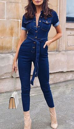 Jumpsuit Outfit Ideas Pictures holiday outfit ideas for women short sleeve jumpsuit Jumpsuit Outfit Ideas. Here is Jumpsuit Outfit Ideas Pictures for you. Jumpsuit Outfit Ideas orange romper and jumpsuit outfit ideas. Jumpsuit Outfit, Jeans Jumpsuit, Jumpsuit With Sleeves, Short Jumpsuit, Loose Jeans, Denim Outfit, Denim Overalls, Denim Belt, Dungarees