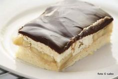 Bananenschnitten - sabo (tage) buch Cheesecake, Food And Drink, Pie, Baking, Desserts, Sheet Cakes, Dessert Ideas, Book, Food And Drinks