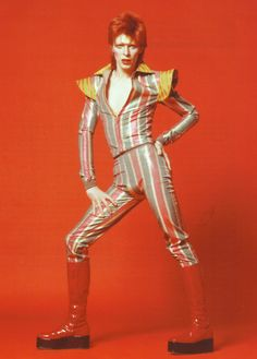 People keep tagging this as David Bowie. They are WRONG! This is Ziggy Stardust. Get it right.