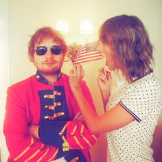 When @/edsheeran shows up for the 4th of July in a red coat because he just can't let it go.