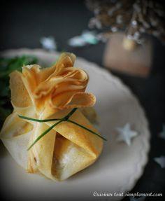 Une entrée tout droit venue du Sud Ouest ... une recette simple qu'il vous sera possible de faire pour ces fêtes de fin d'année. Ingrédients ( pour 4 personnes ) 5 feuilles de brick 80g de foie gras 200g l'aiguillettes de canard 4 tranches de pain d'épices...