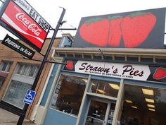 Strawn's Eat Shop - Shreveport, LA | 14 American Diners You Can't Miss On Your Next Road Trip