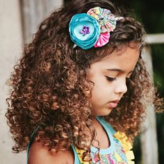 OMG I want a little girl with curls