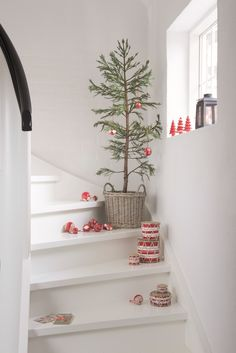 Christmas decorations on the way up stairs, drums // fort & field