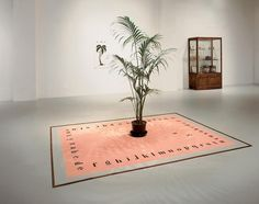 »tapis de sable« by marcel broodthaers