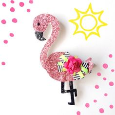 Hey, I found this really awesome Etsy listing at https://www.etsy.com/listing/227966507/frenchie-flamingo-glitter-hair-clip