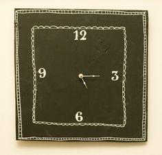 DIY - Chalkboard Clock - Step-by-Step Tutorial