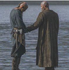 Ragnar,Flokki..Vikings Travis Fimmel