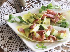 Chicorée mit Speck und Avocado | Zeit: 25 Min. | http://eatsmarter.de/rezepte/chicoree-mit-speck-und-avocado
