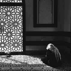 . Best Islamic Quotes, Prayer Room, Islam Muslim, Boys Dpz, Islamic Architecture, Muslim Girls, Holy Quran, Niqab, Eid