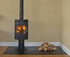 Morso 6140 Wood Stove On A Natural Slate Tiled Hearth Ed In Leigh Sea Es 2007