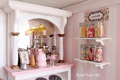 Sami Says AG- American Girl Doll House- Samantha's  Ice Cream parlor & Bakery