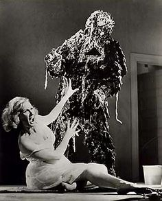 Helpless, screaming woman + unnamable creature = classic horror.