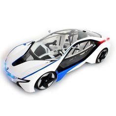#BMW #futuriste avec néons et intérieur #baqué #design radiotélécommandé - Distribué par MGM