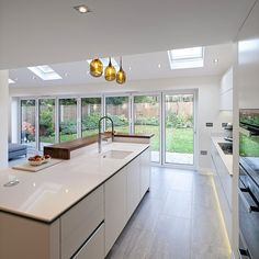 Awesome modern kitchen room are readily available on our internet site. Open Plan Kitchen Dining Living, Open Plan Kitchen Diner, Kitchen Diner Extension, Kitchen Layout, Kitchen Design, Kitchen Decor, Open Living Rooms, Kitchen Ideas, Modern Farmhouse Kitchens