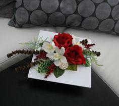 Ikebana s růžemi a orchidejemi / Zboží prodejce jircice Diy Flowers, Paper Flowers, Arreglos Ikebana, Modern Flower Arrangements, Valentines Flowers, House Ideas, Flower Art, Diy And Crafts, Floral Wreath